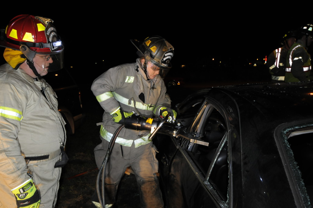 Fire Department Extrication November 2014_0154