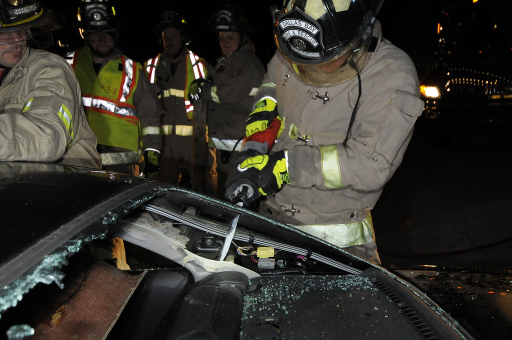 Fire Department Extrication November 2014_0184