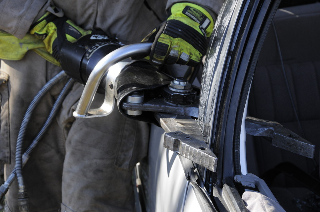 Fire Department Extrication November 2014_0478