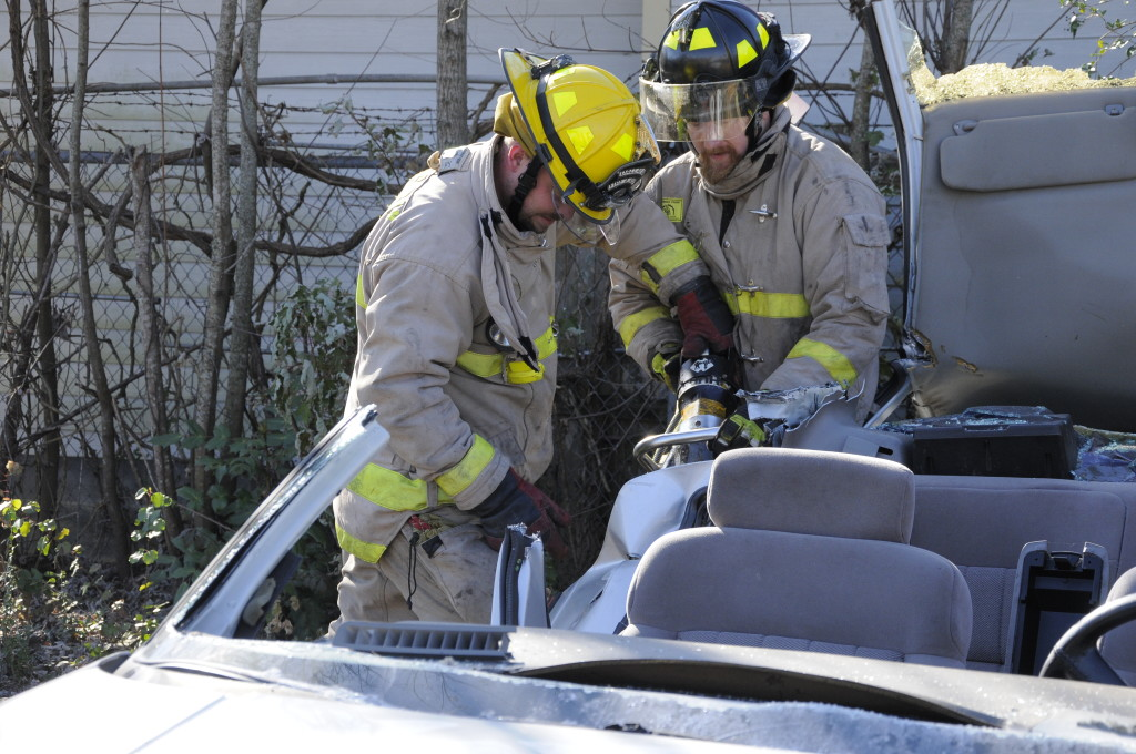 Fire Department Extrication November 2014_0556