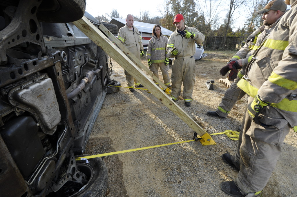 Fire Department Extrication November 2014_0609