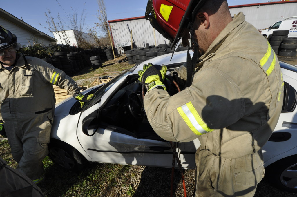 Fire Department Extrication November 2014_0714