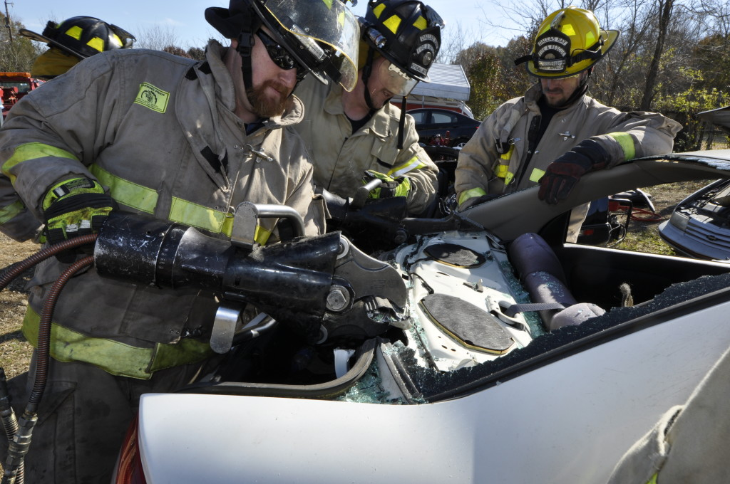 Fire Department Extrication November 2014_0745